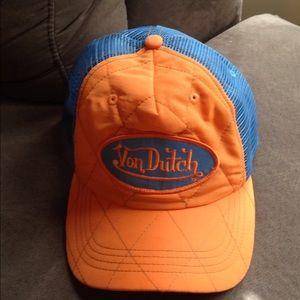 Von Dutch vintage trucker hat